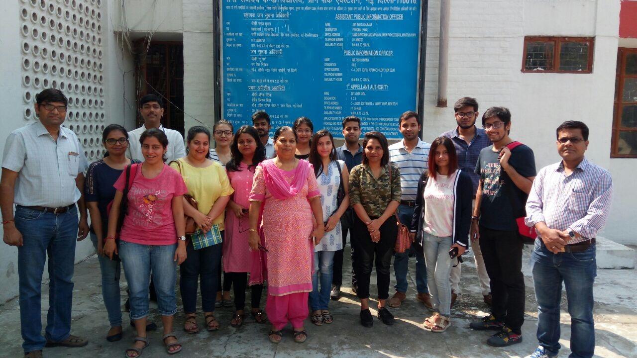Group Photo of students at Gargi Sarvodaya Kanya Vidyalaya, Green Park, New Delhi,